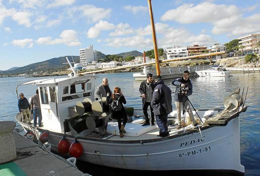 Vicenç Vidal y Joan Mercant recorrieron este jueves en la embarcación del Govern la zona declarada Reserva Marina hace más de una década.