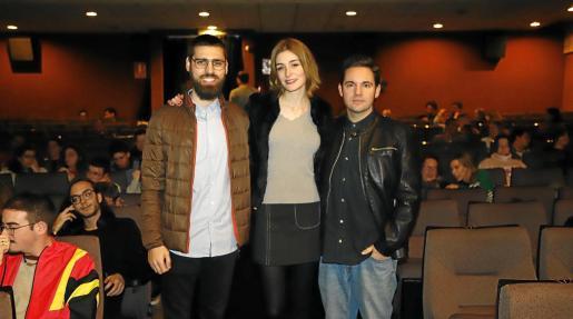 Carles Bover, director de 'Gaza', y Jaume Carrió y Laura Gost, del cortometraje 'Woody & Woody', este jueves en CineCiutat.
