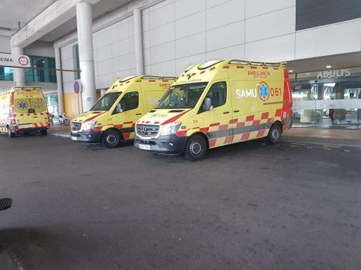 El Samu-061 ha trasladado en estado crítico al motorista arrollado al Hospital Son Espases.