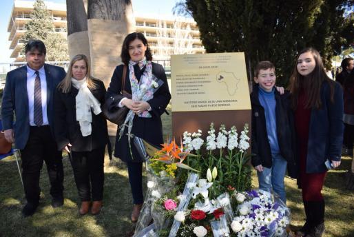 Biel Ferragut, Manoli Cañadillas, Maite Vizcaíno y Toni y Laura Gost, ayer en Madrid. Fotos: J. S.