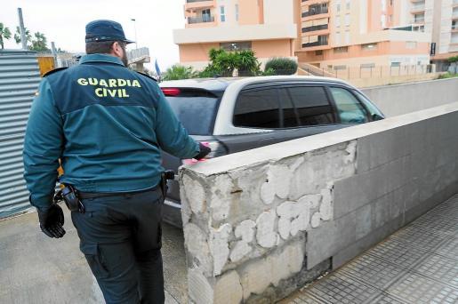 El detenido fue trasladado por la Guardia Civil al juzgado de guardia de Ibiza