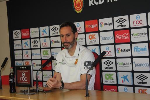 El entrenador del Real Mallorca, Vicente Moreno, ha comparecido en rueda de prensa antes de viajar a Tenerife.