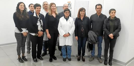 Los responsables políticos y del hospital visitaron este jueves el nuevo servicio, que cuenta con un equipo de última generación.