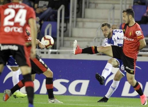 El Tenerife salva un punto ante el Mallorca y coge aire.