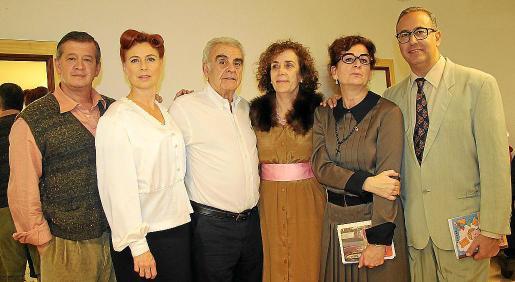 Luis Rodríguez, Ana Nigorra, José Miguel del Campo –fundador del grupo de teatro–, Antuca Reus, Teresa Oliver y Luis de la Torre.