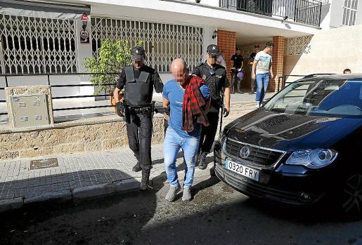 Uno de los tres acusados, el día en el que fue detenido por la Policía Nacional.