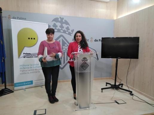 Susanna Moll y Angélica Pastor, durante la rueda de prensa de este miércoles.