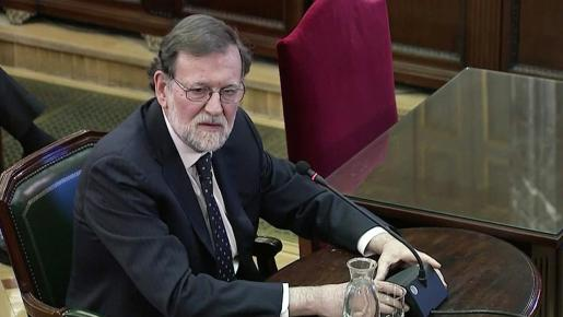 Mariano Rajoy declarando como testigo en el juicio del procés.