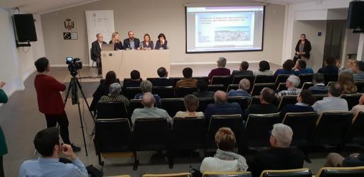 El casal de cultura albergó la presentación del proyecto del hospital de Felanitx.