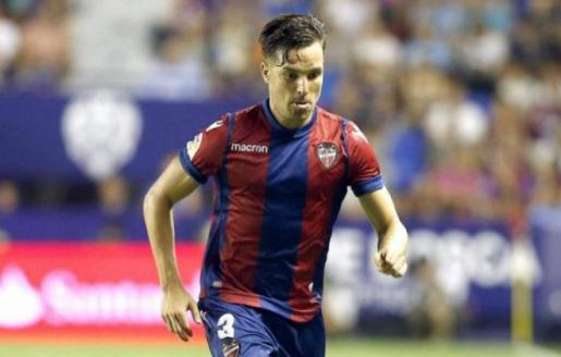 Imagen de Toño, futbolista del Levante.