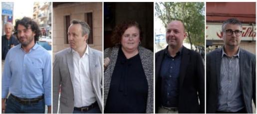 Los cinco cargos denunciados por el caso Contratos, de izquierda a derecha: Jaume Garau, exjefe de campaña de Més; Pere Muñoz, exdirector de la ATB; Ruth Mateu, exconsellera de Cultura; Jaume Gomila, exdirector general de Cultura, y Josep Ramon Cerdà, exgerente del Institut d'Estudis Baleàrics.