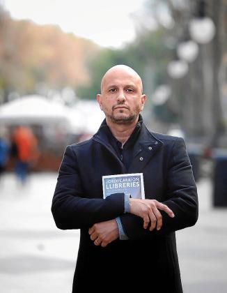 El escritor Jorge Carrión, fotografiado en Palma.