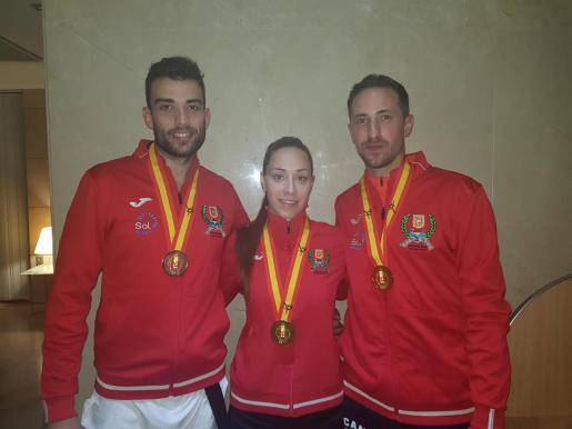 Cruz, Camino y Rosillo, con sus medallas de los nacionales 2019.