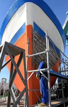 La náutica es uno de los sectores que más ha reivindicado la falta de profesionales cualificados en los últimos años y en la actualidad se ofrecen tres cursos específicos, como amarre de puerto y monoboyas y actividades auxiliares y de apoyo al barco en puerto.
