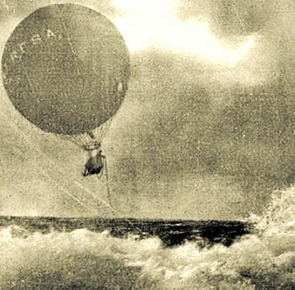 El globo que naufragó en aguas ibicencas