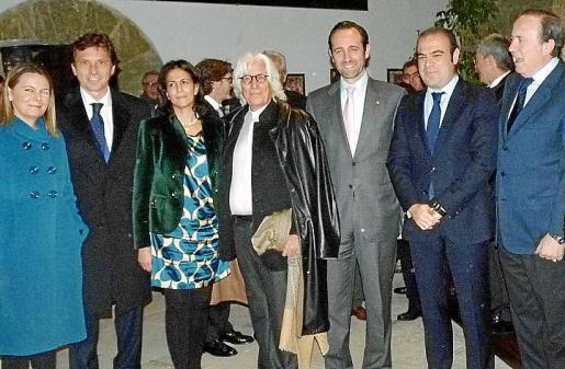 María Salom, Mateo Isern, Isabel Borrego, Miquel Fluxá, José Ramón Bauzá, Gabriel Escarrer y José María Rodríguez.