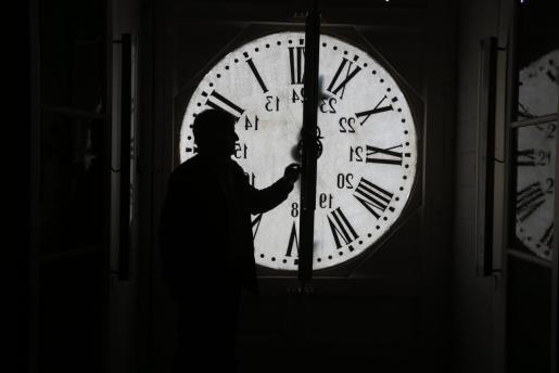 Imagen del reloj de Cort, En Figuera.