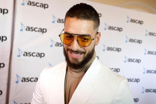 El cantante colombiano Maluma en la alfombra roja de la XXVII edición de los Premios ASCAP de la Música Latina, en San Juan (Puerto Rico).