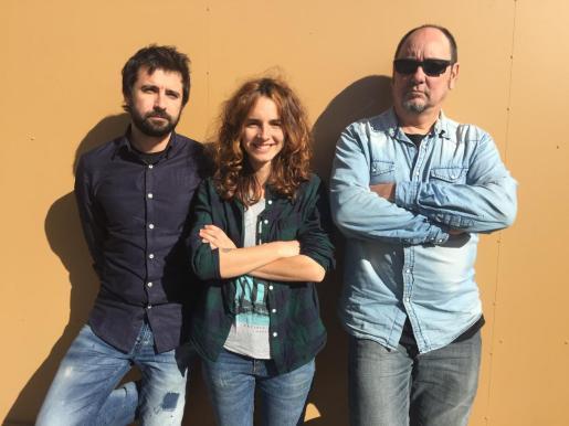 Los tres miembros de la banda Noah Newville.