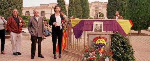 En 1999, la fosa común del cementerio de Son Coletes celebró el primer acto de reconocimiento a las víctimas republicanas.