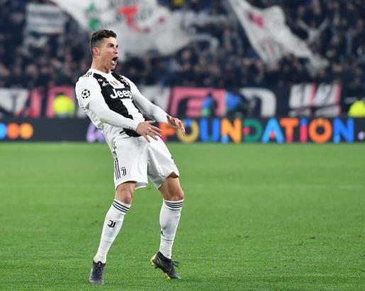 Cristiano Ronaldo gesticula durante el partido de vuelta entre Juventus y Atlético de Madrid.