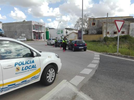 La Policía Local de Felanitx realiza rutinarios controles en la zona.