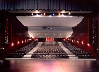 El Teatre d'Artà acoge la obra 'Fotuts i enganyats'