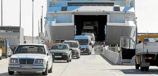 El techo de coches para los residentes en Eivissa se ha fijado en 220 y únicamente 20 motos.