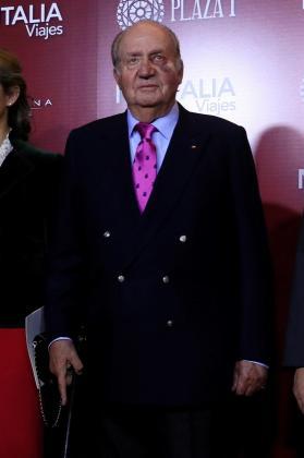 El rey emérito, Juan carlos I, a su llegada al acto de presentación de los carteles de la feria de San Isidro 2019, este viernes en la plaza de toros de Las Ventas.