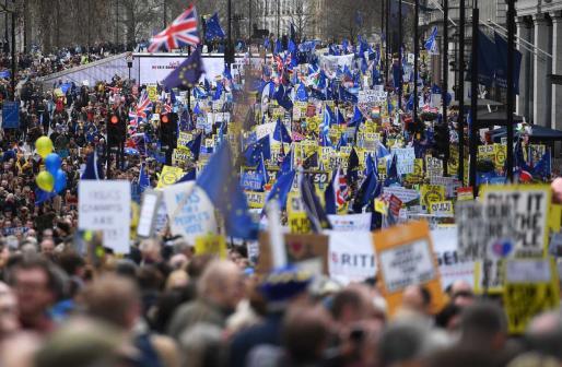 La movilización ha sido una de las más multitudinarias de Reino Unido.