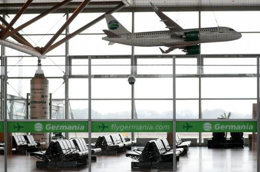Vista de la zona de espera de la aerolínea Germania en el aeropuerto Münster/Osnabrück en Greven (Alemania).