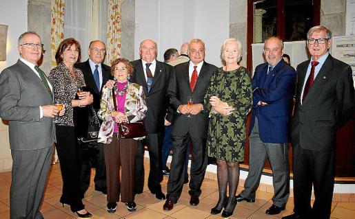 Juan Fernández, Isabel Cabrera, Francisco Almendros, Aina Ferrando, Miguel Cañellas, Fulgencio Coll, Margarita García-Ruiz, Esteban Mas y Gabriel Méndez.