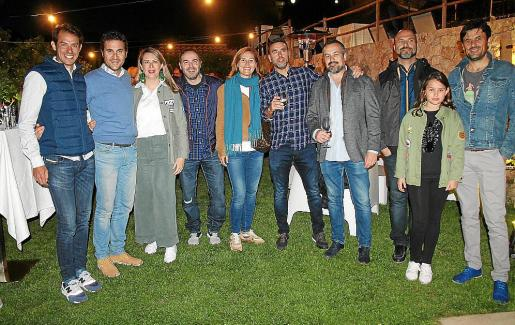 Toni Colom, David Fiol, Vanesa Romo, Joan Rosselló, Antònia Maria Mateu, Biel Tiba, Toni Serra, Pep Morales, Llucia y Tomeu Serra.