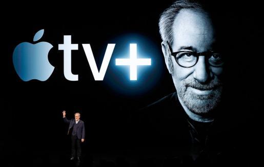 Steven Spielberg durante la presentación de la plataforma de Apple.