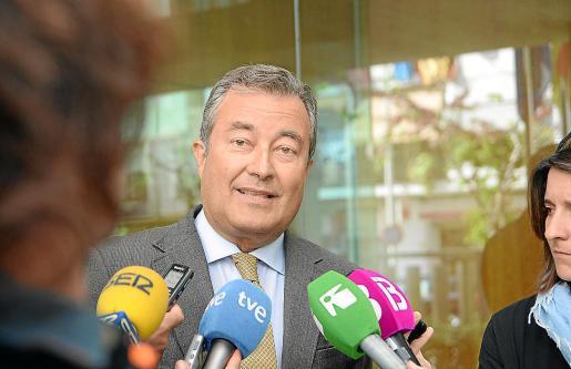 Joan Gual de Torrella ha sido denunciado ante el Cuerpo Nacional de Policía de Palma.