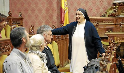 Sor Lucía Caram, antes de su intervención en la sede del Palau del Consell.