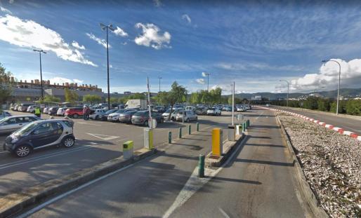 Imagen del aparcamiento de Carrefour de General Riera, en Palma.