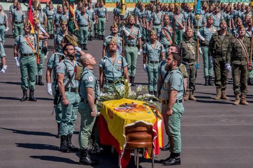 La Brigada 'Rey Alfonso XIII' II de La Legión, honra a Alejandro Jiménez Cruz, fallecido en acto de servicio.