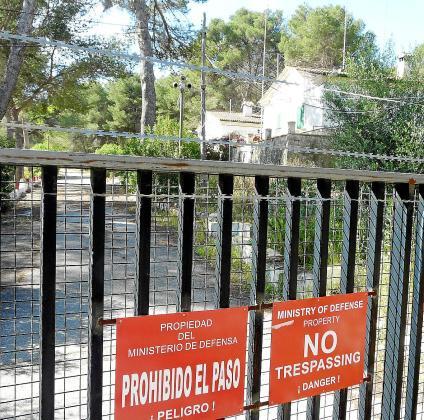 Las instalaciones han permanecido cerradas desde que los soldados abandonaron el viejo polvorín en el año 2012.