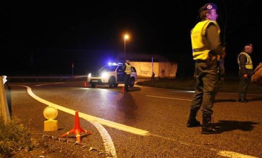 Guardia Civil, Policía Local y bomberos pidieron el apoyo de todas las unidades.