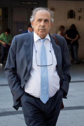 El catedrático de Derecho Constitucional Enrique Álvarez Conde, director del máster de Cristina Cifuentes en la Universidad Rey Juan Carlos y exdirector del Instituto de Derecho Público.