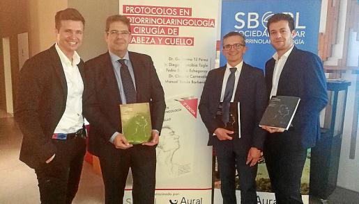 Diego Arancibia, Pedro Sarría, Guillermo Til y Claudio Carnevale.