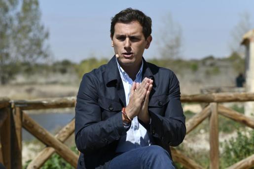 El presidente Ciudadanos, Albert Rivera, deja de ser Alberto Carlos Rivera en las listas electorales.