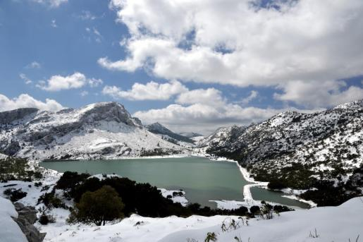 Imagen de archivo de una nevada en la Serra de Tramuntana.