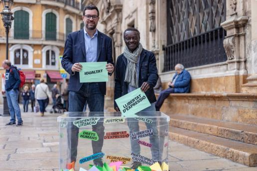 Antoni Noguera, candidato de Més a Cort, y Guillem Balboa, candidato de Veus Progressistes al Congreso.