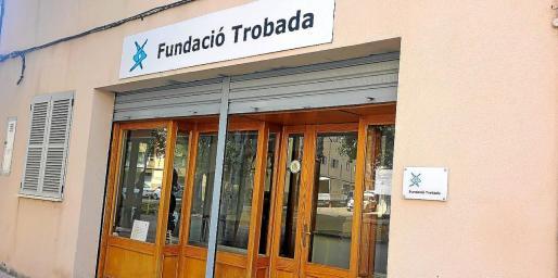 La Fundació Trobada gestiona el centro, que tiene una capacidad máxima para 25 usuarios.