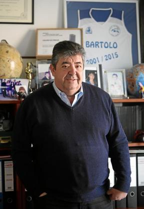 Bartolo Serra Mayans recogió el testigo de su hermano Joan en Viajes Es Freus en 1986.