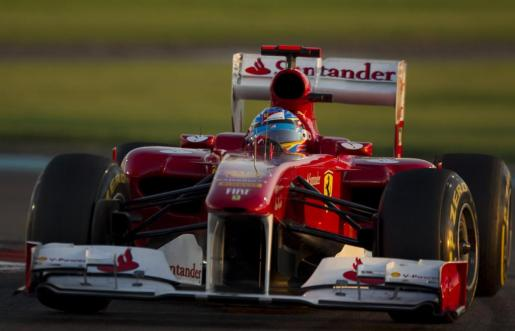 Imagen de archivo del piloto de Ferrari Fernando Alonso en Abu Dhabi.