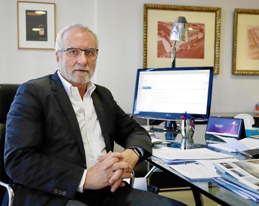 Eladio González, presidente de la Cooperativa d'Apotecaris, por el desabastecimiento de fármacos.