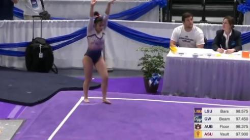 Las imágenes de la lesión de la gimnasta han recorrido las redes sociales.